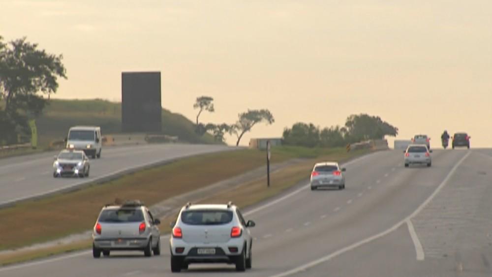 rodovia-ayrton-senna-tem-pontos-de-bloqueio-para-manutencao